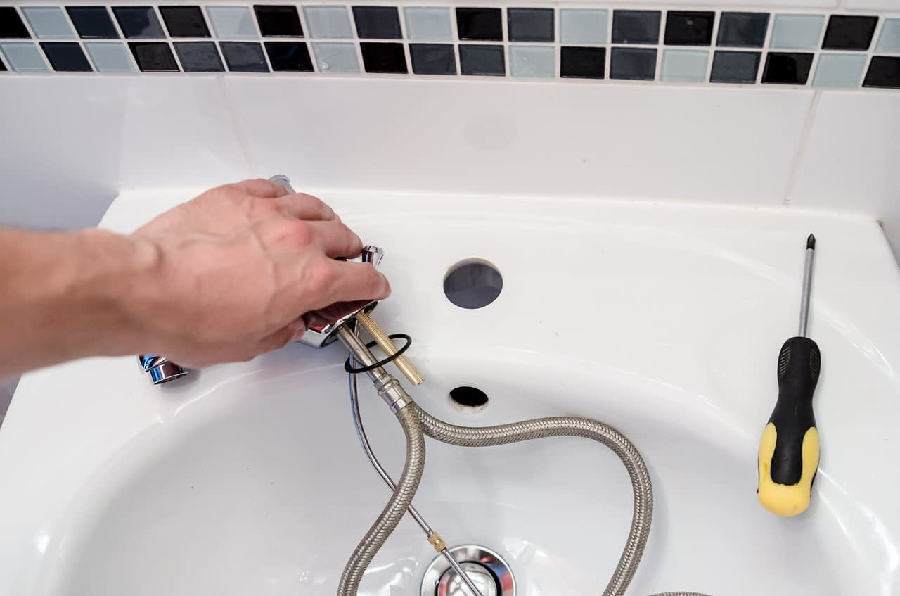 plumbing service management through software